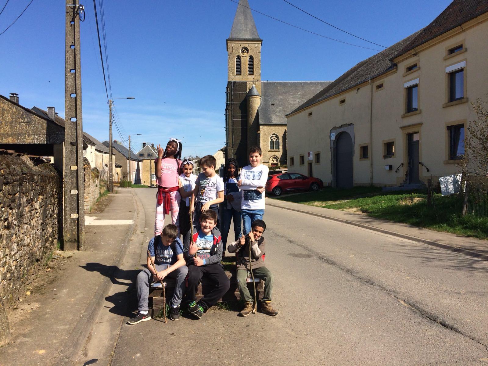 Visite du village d'Hachy et jeu de stratégie